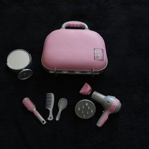 CHILDRENS TOY HAIRSTYLING KIT WITH CARRY CASE